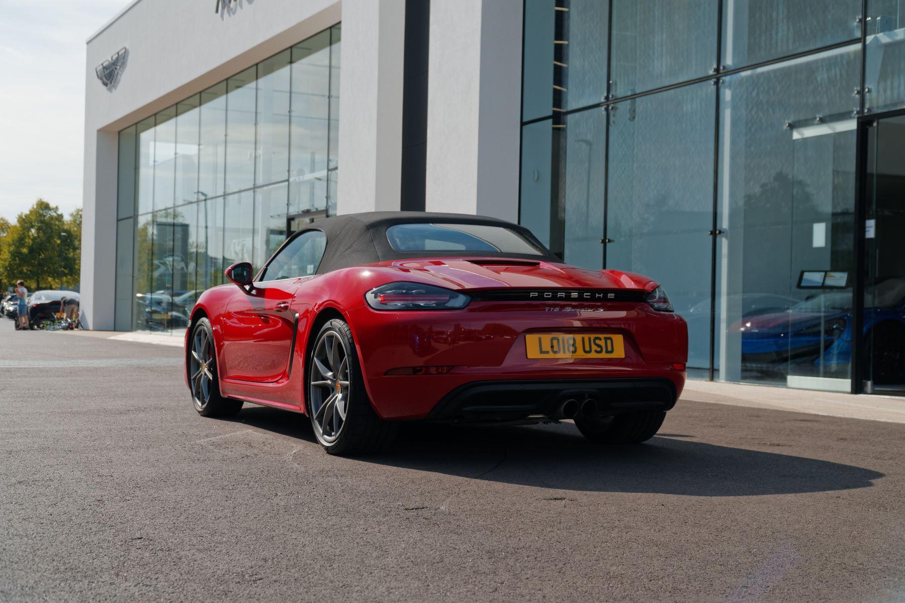 Porsche Boxster S image 4