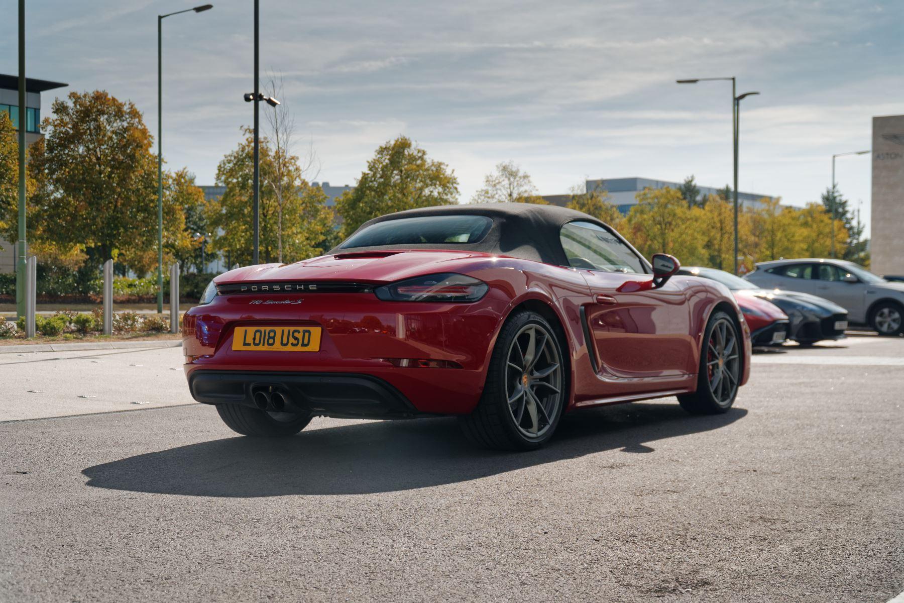 Porsche Boxster S image 7