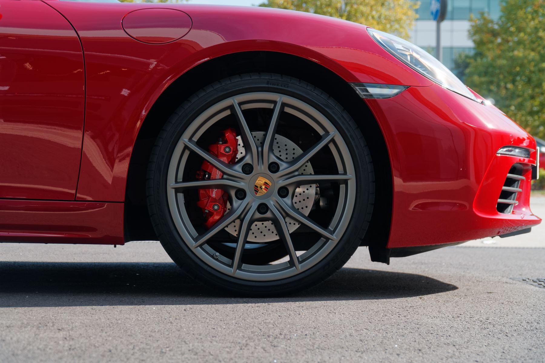 Porsche Boxster S image 8