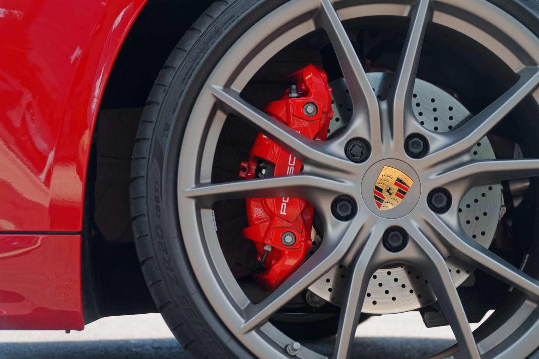 Porsche Boxster S image 9