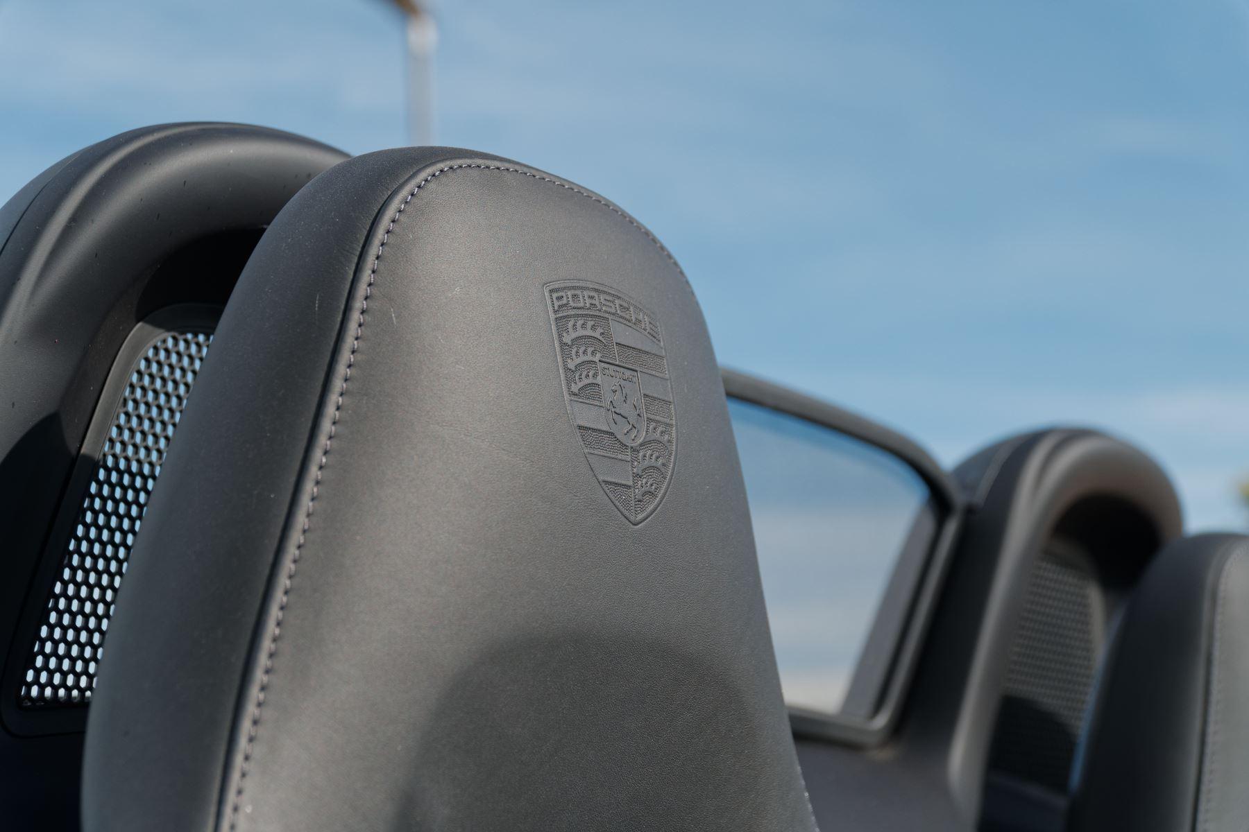 Porsche Boxster S image 19