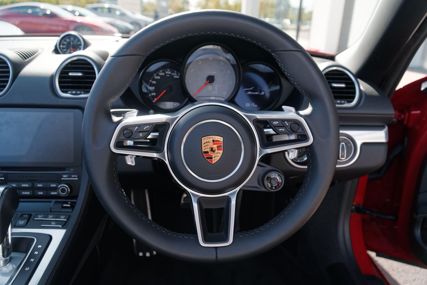 Porsche Boxster S image 21