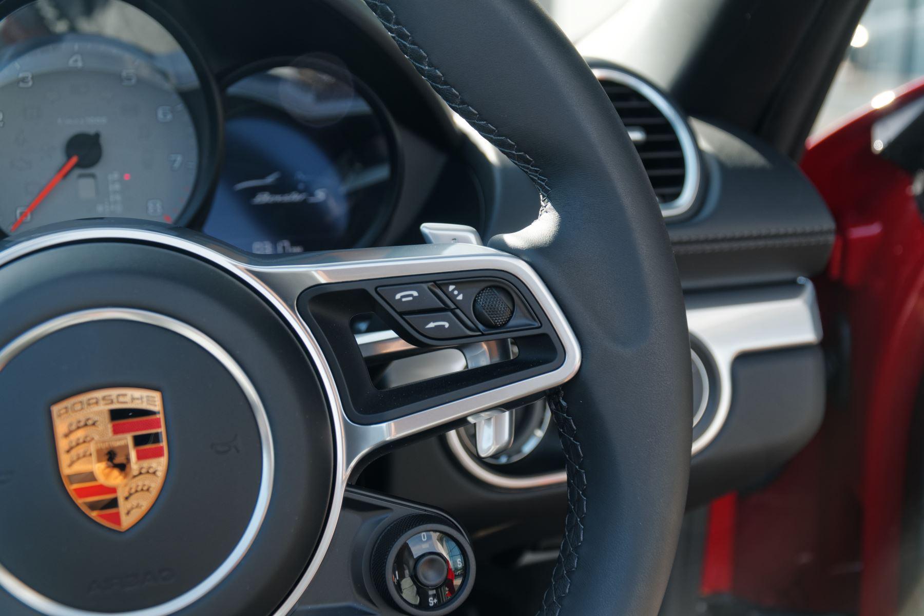 Porsche Boxster S image 22