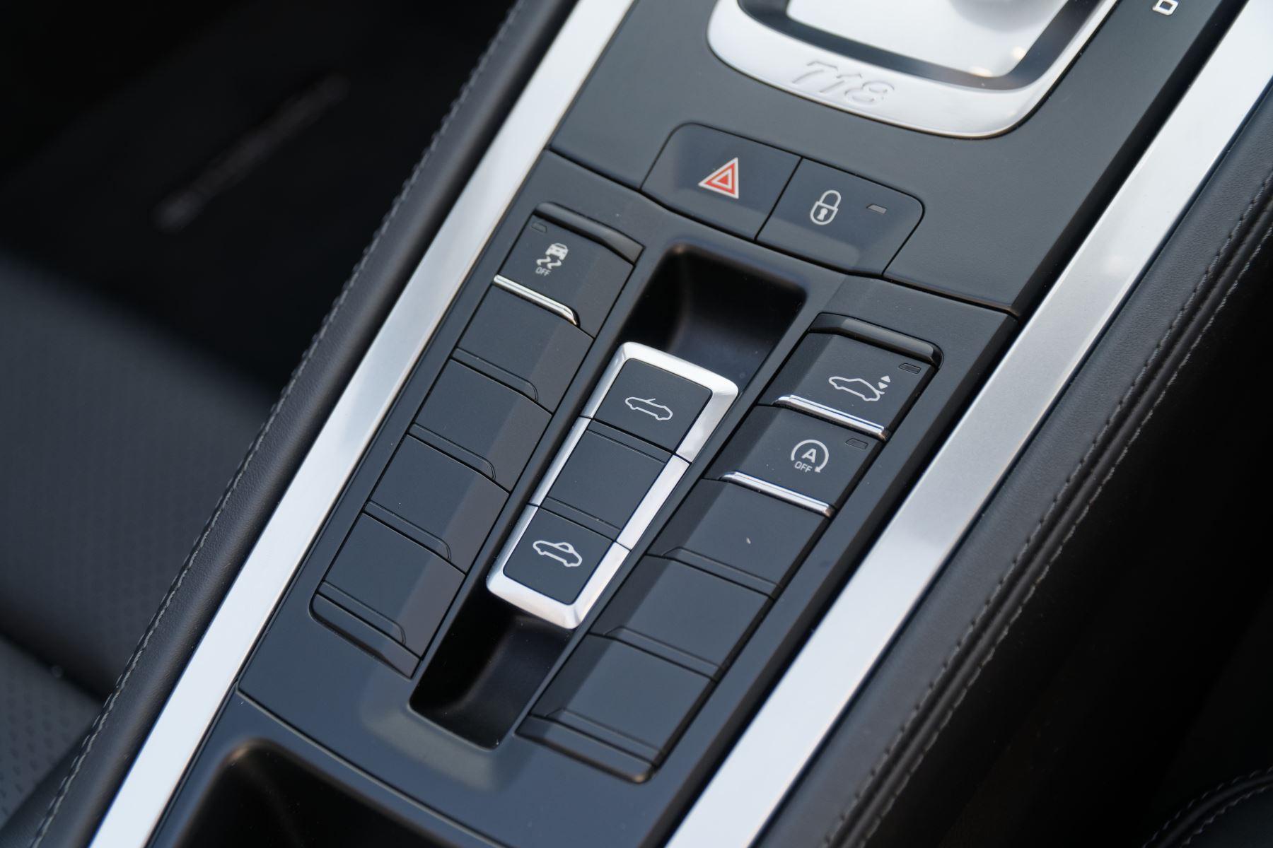 Porsche Boxster S image 29