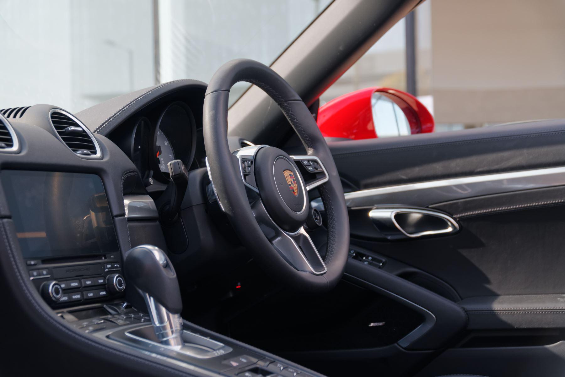 Porsche Boxster S image 33