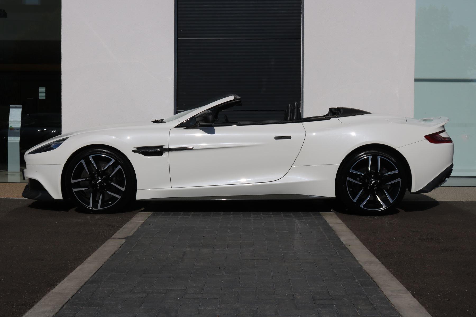 Aston Martin Vanquish V12 [568] 2dr Volante Touchtronic image 2