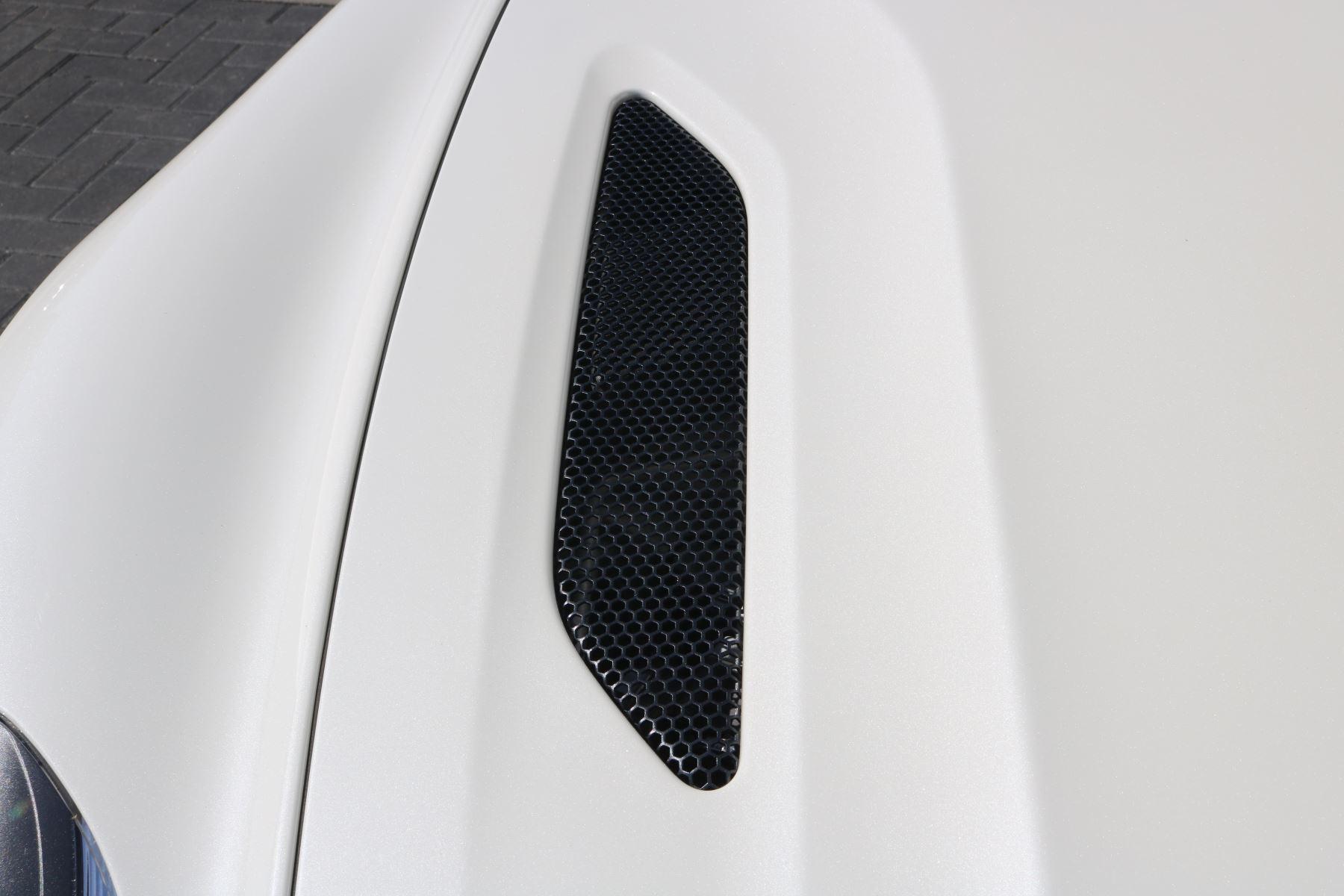Aston Martin Vanquish V12 [568] 2dr Volante Touchtronic image 8