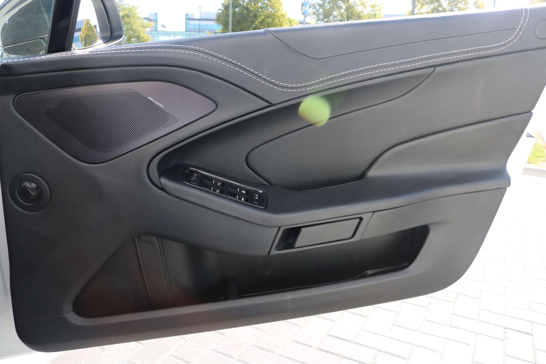 Aston Martin Vanquish V12 [568] 2dr Volante Touchtronic image 21