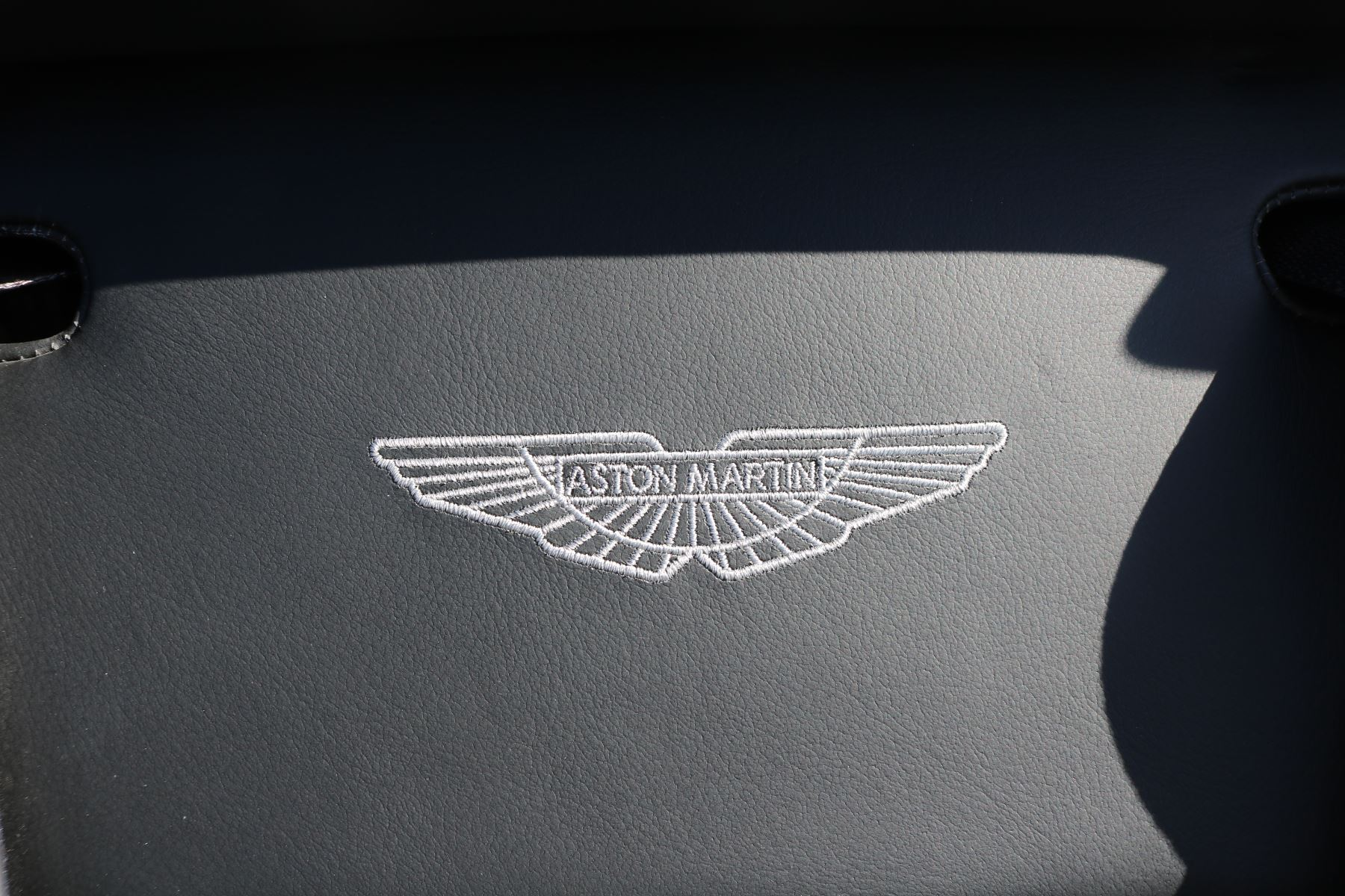 Aston Martin Vanquish V12 [568] 2dr Volante Touchtronic image 29