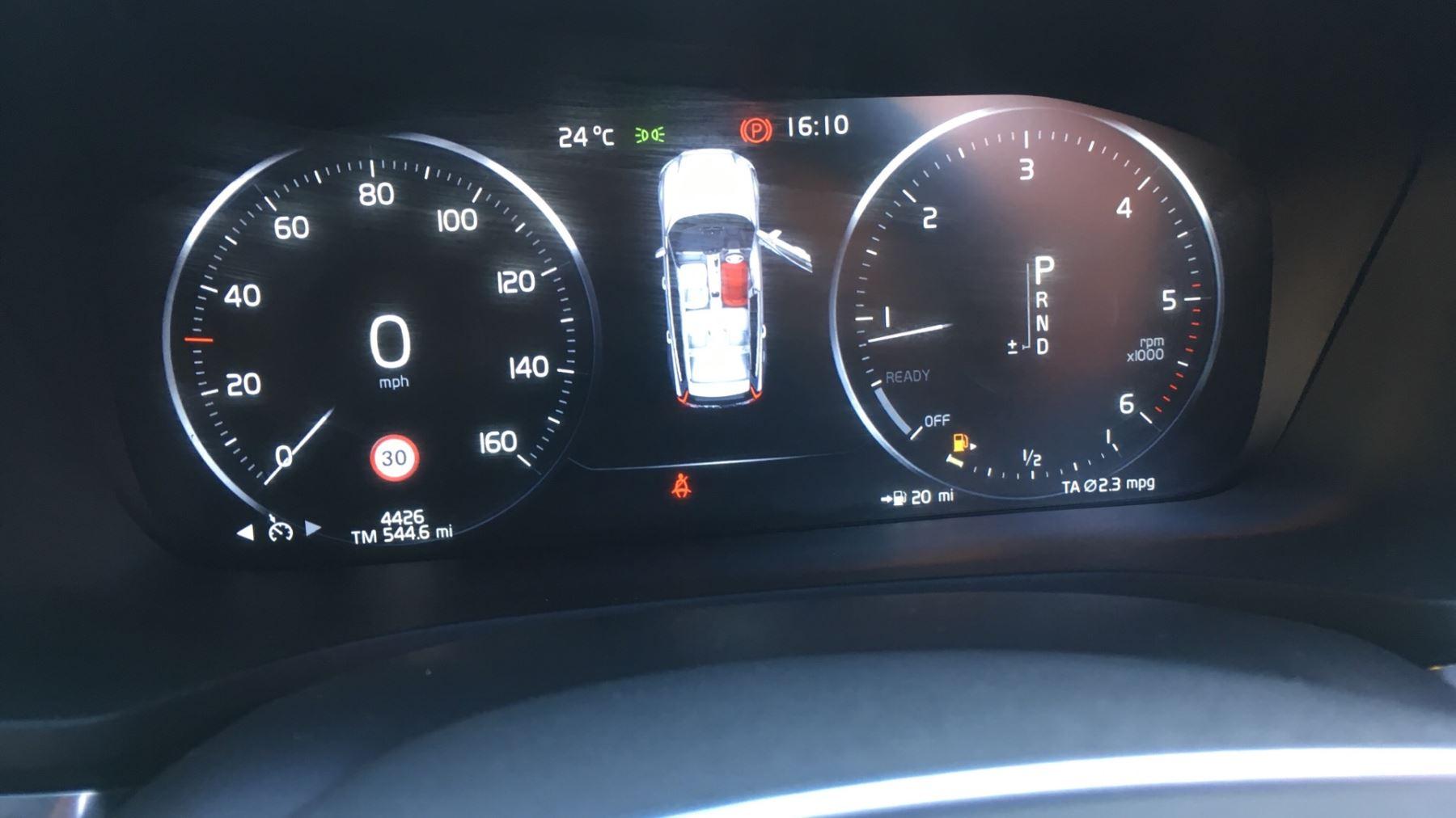 Volvo V60 2.0 D4 [190] R DESIGN 5dr - Volvo on Call, DAB Radio, SAT NAV, Park Assist image 7