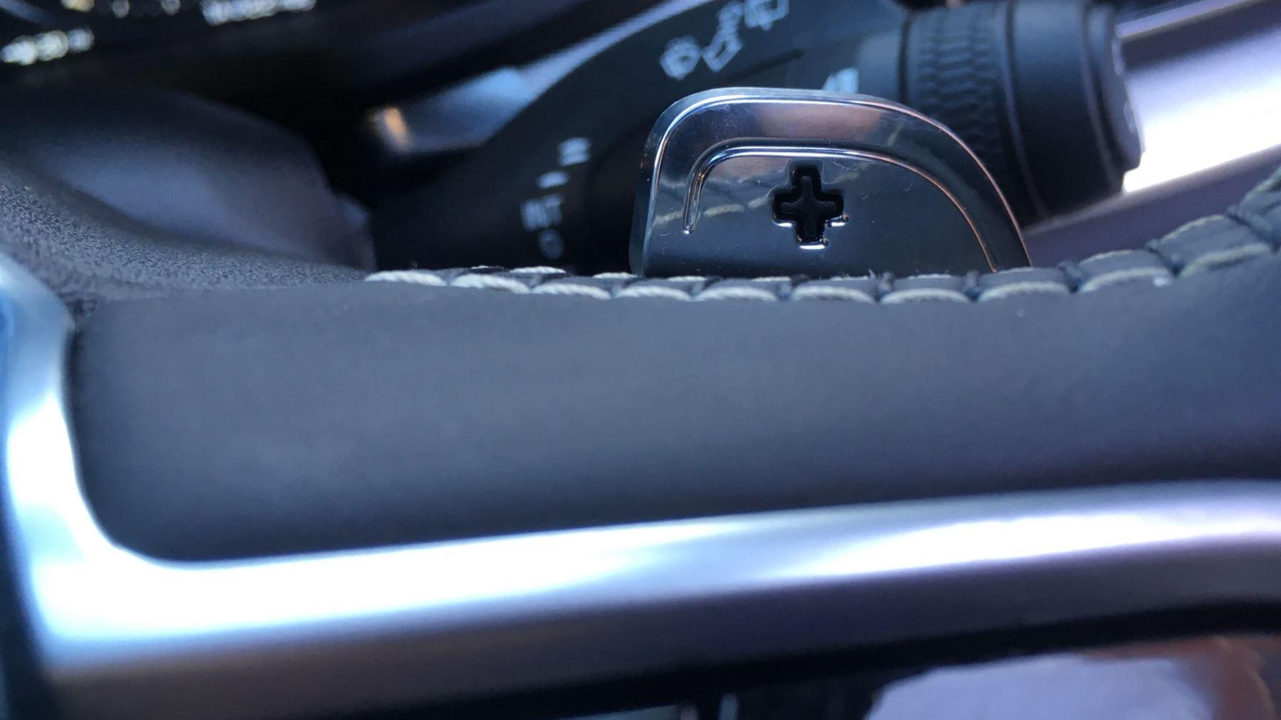 Volvo V60 2.0 D4 [190] R DESIGN 5dr - Volvo on Call, DAB Radio, SAT NAV, Park Assist image 20