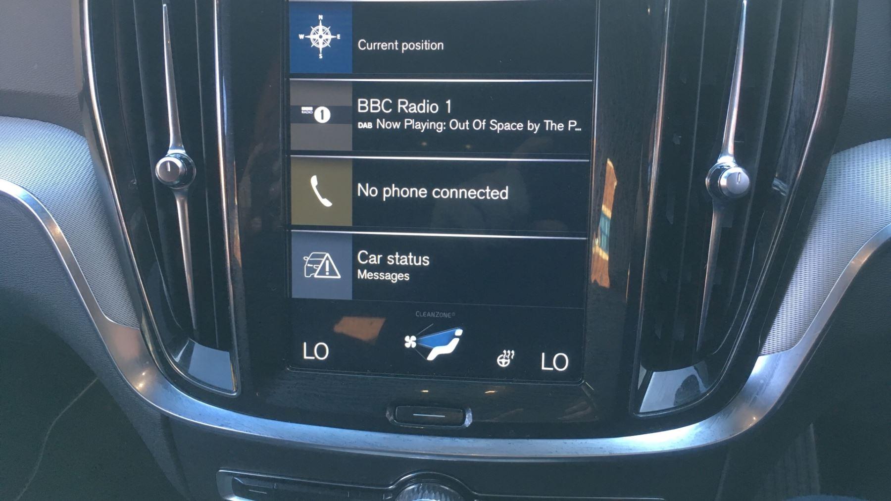 Volvo V60 2.0 D4 [190] R DESIGN 5dr - Volvo on Call, DAB Radio, SAT NAV, Park Assist image 21