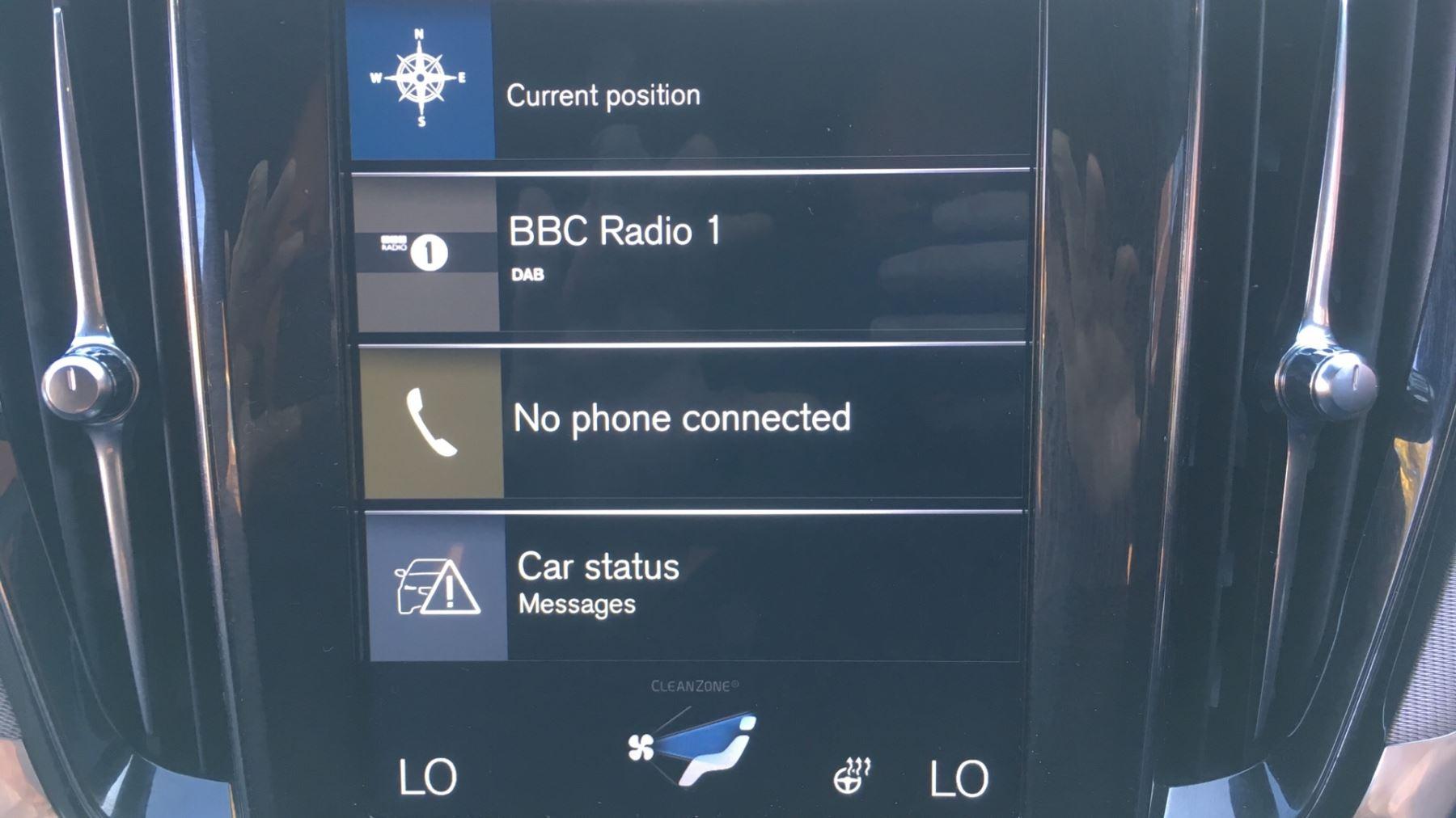 Volvo V60 2.0 D4 [190] R DESIGN 5dr - Volvo on Call, DAB Radio, SAT NAV, Park Assist image 24