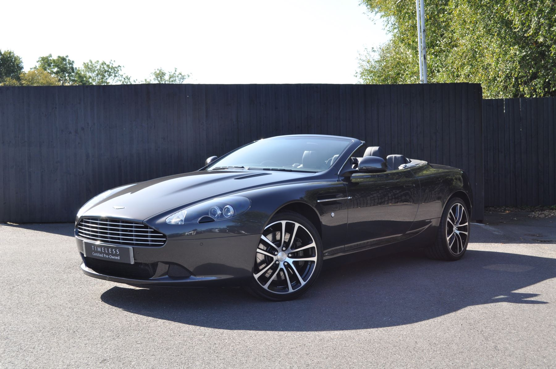 Aston Martin DB9 V12 2dr Volante Touchtronic [470] 5.9 Automatic Convertible (2012) image