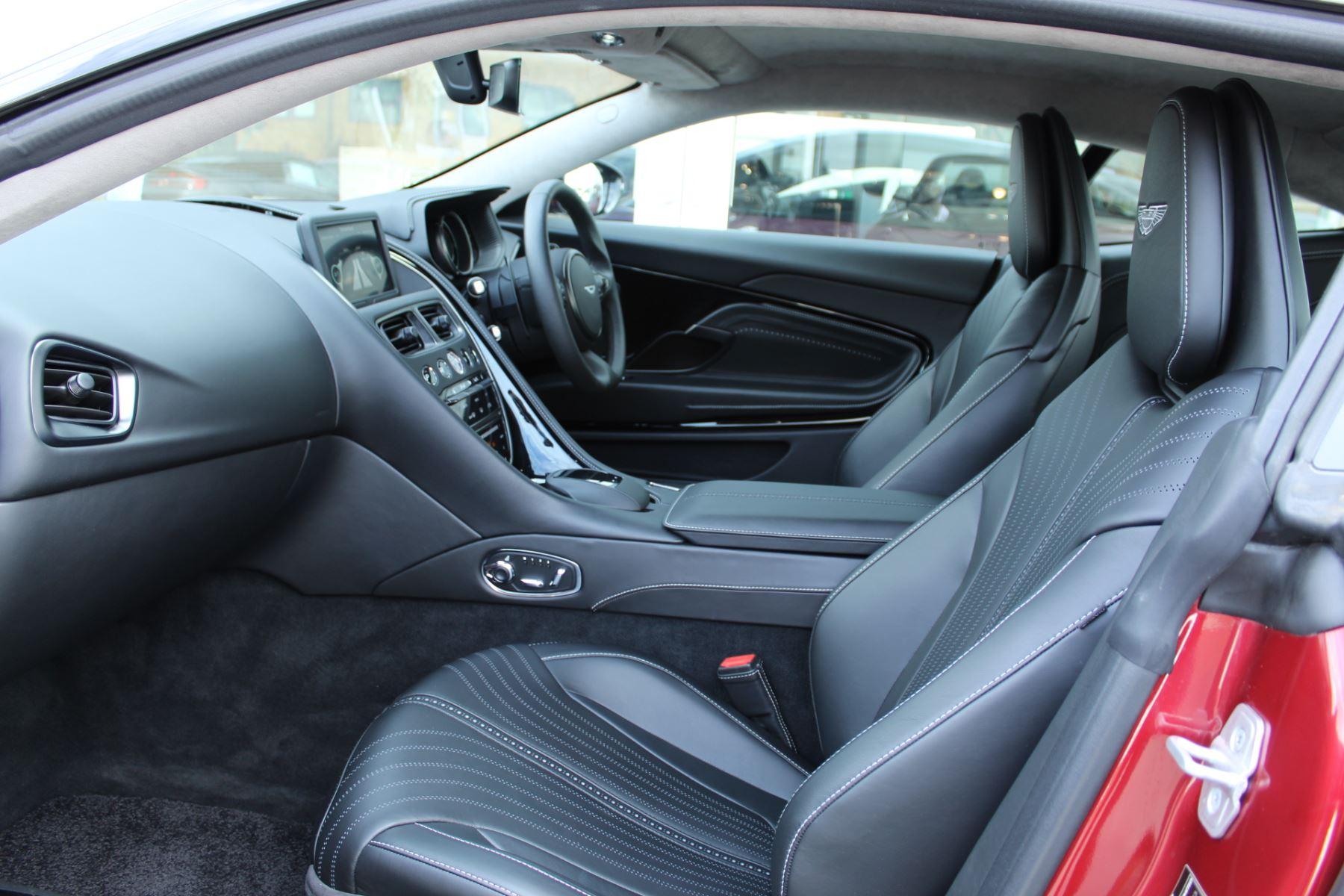 Aston Martin DB11 V8 2dr Touchtronic image 10