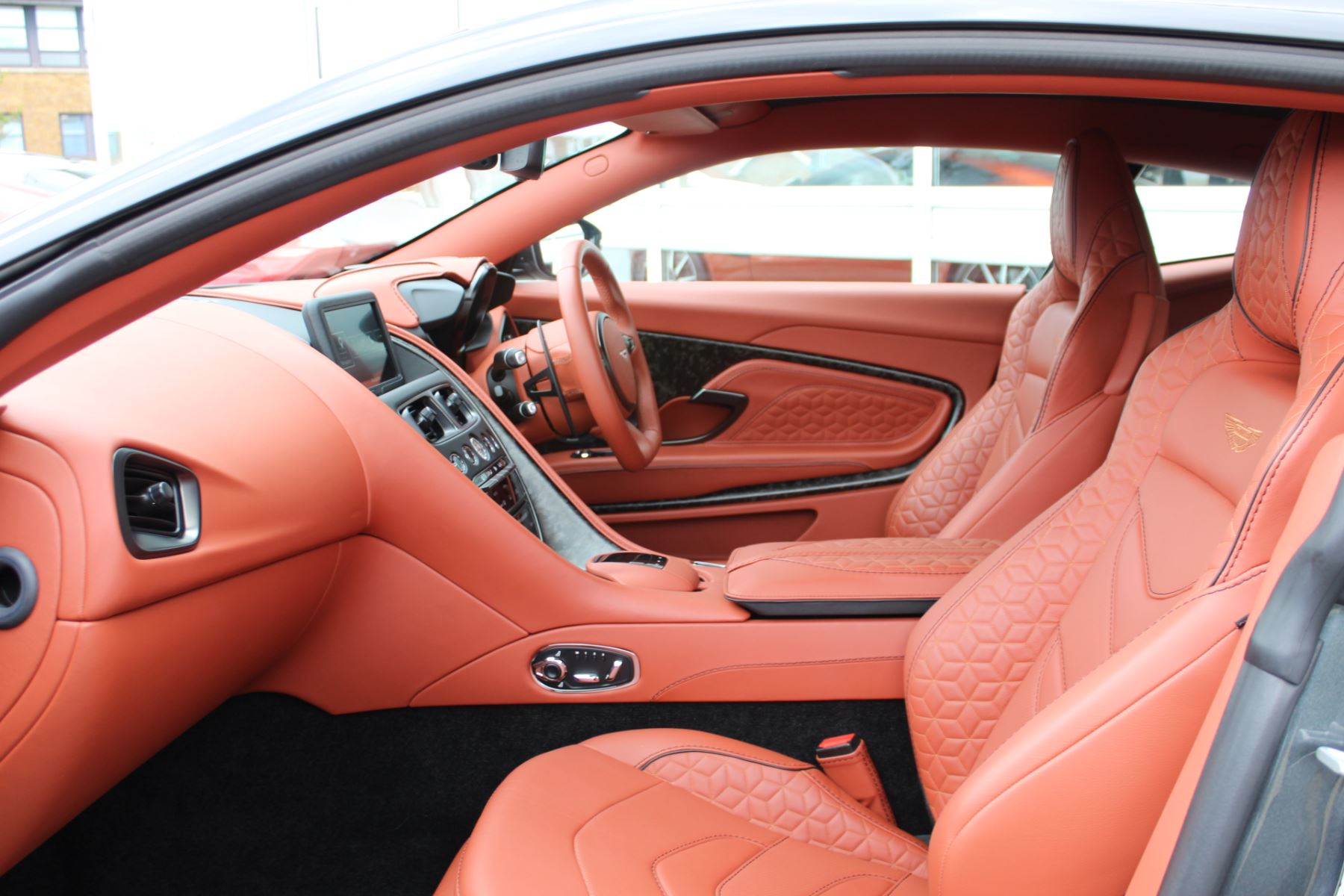 Aston Martin DBS V12 Superleggera 2dr Touchtronic image 15