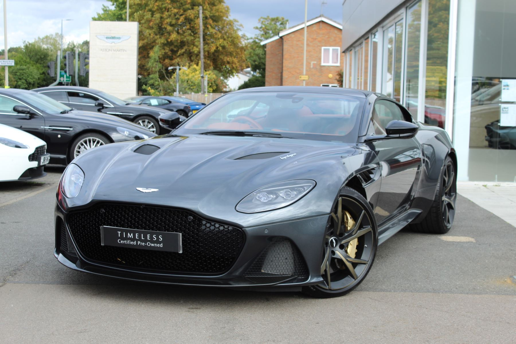 Aston Martin DBS V12 Superleggera 2dr Touchtronic image 3