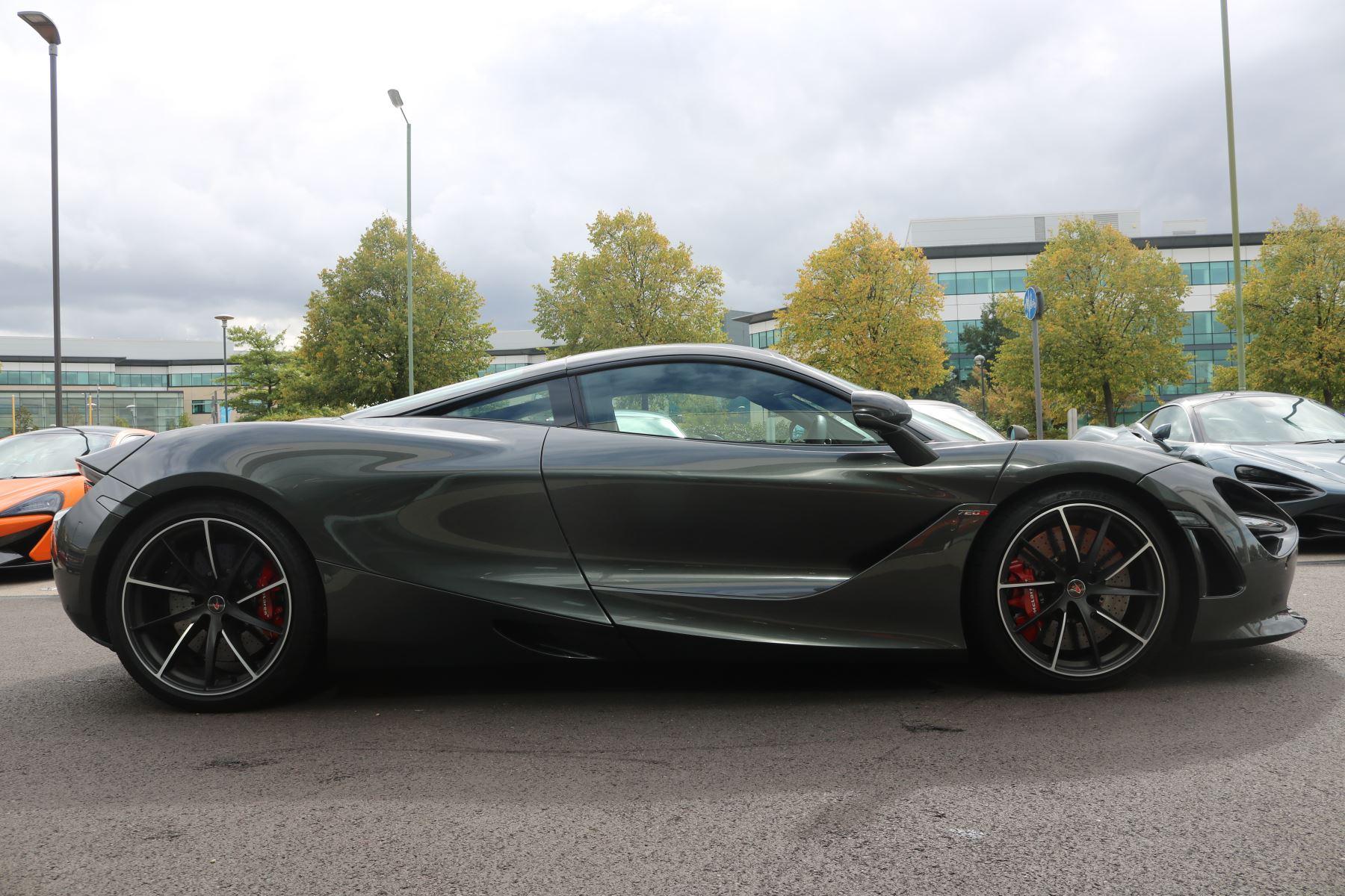 McLaren 720S Performance image 2
