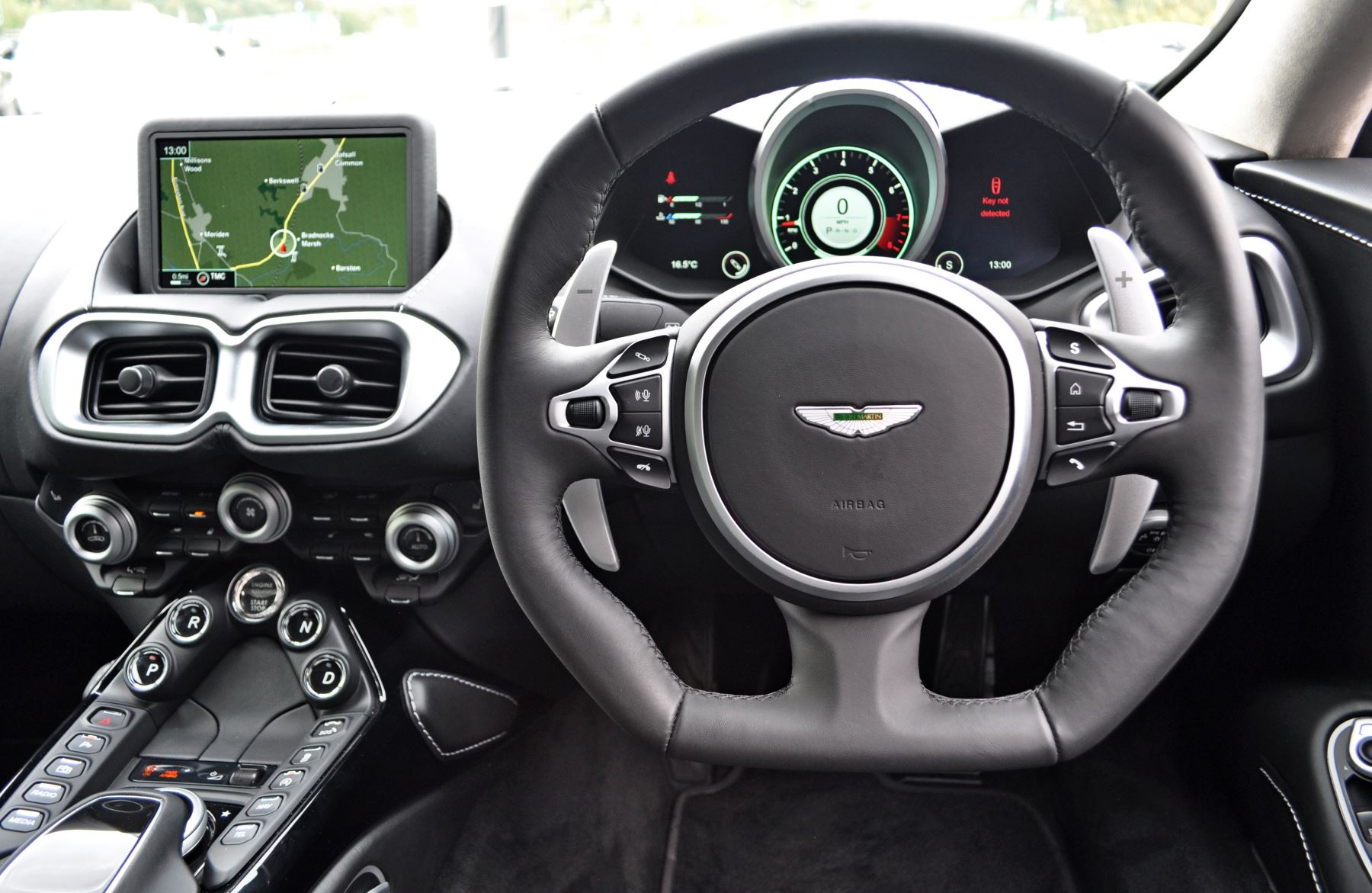 Aston Martin New Vantage 2dr ZF 8 Speed image 24