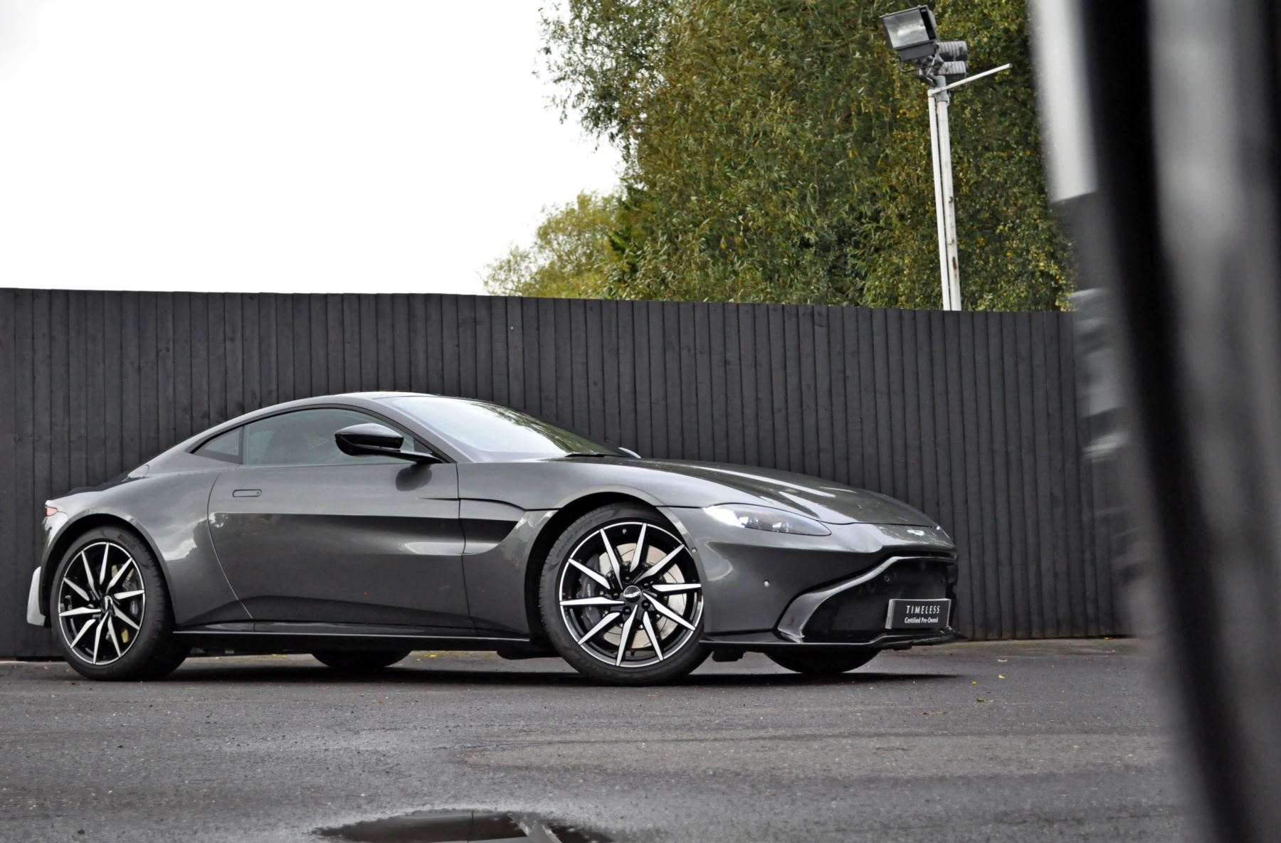 Aston Martin New Vantage 2dr ZF 8 Speed image 26