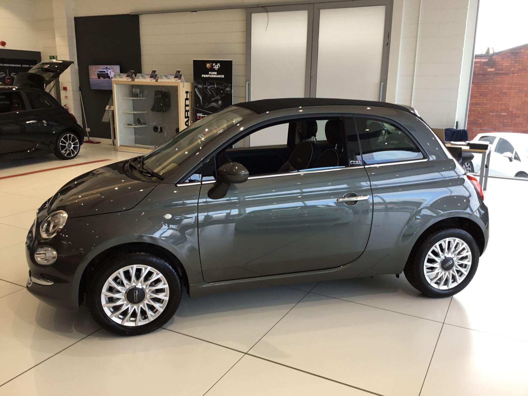 Fiat 500 1.2 Lounge 2dr image 4
