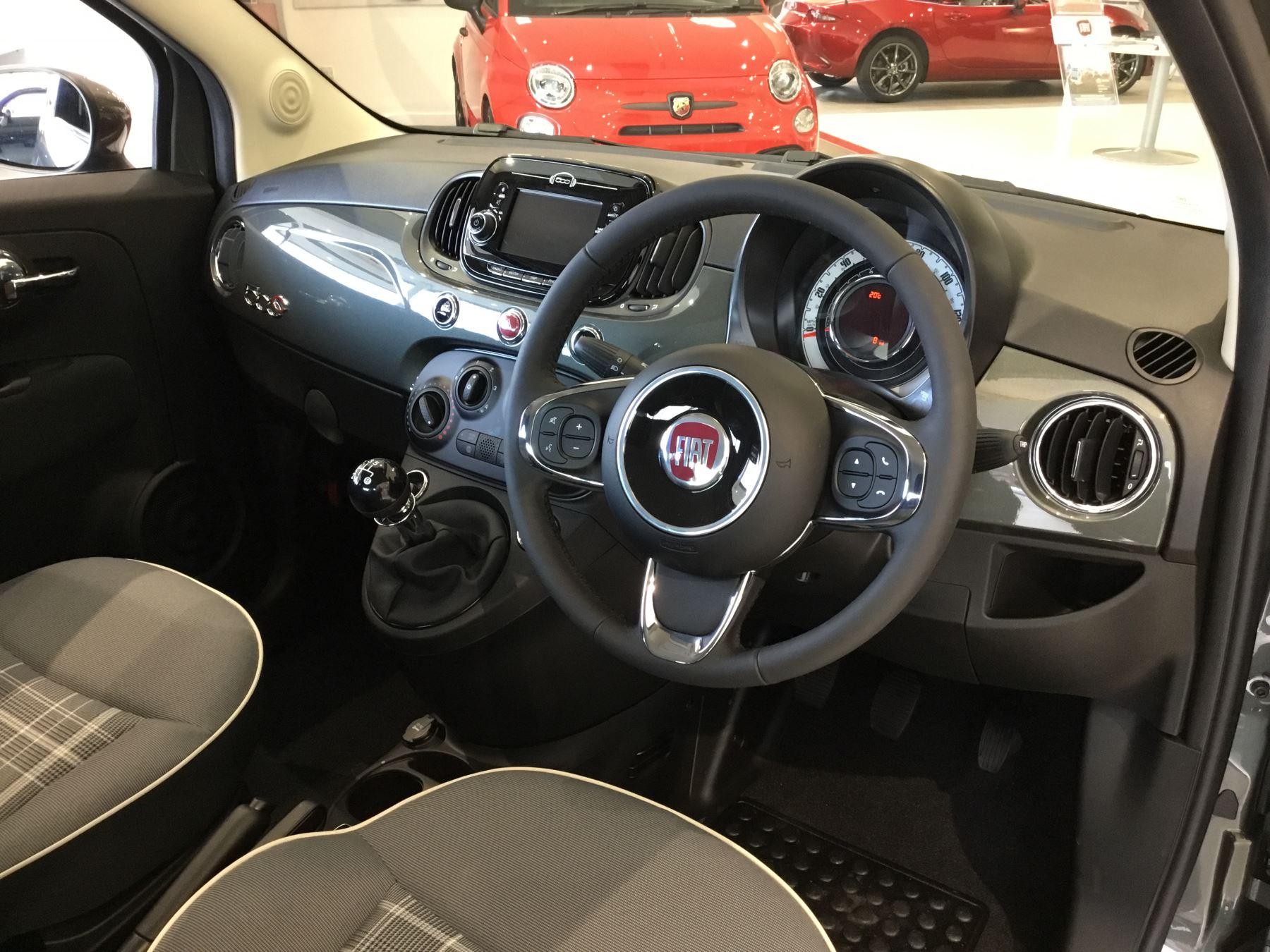 Fiat 500 1.2 Lounge 2dr image 10