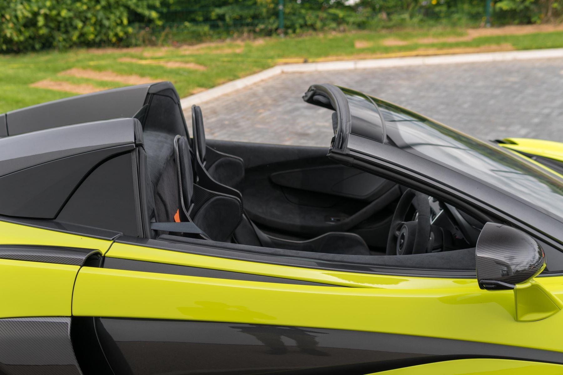 McLaren 600LT Spider Spider image 14