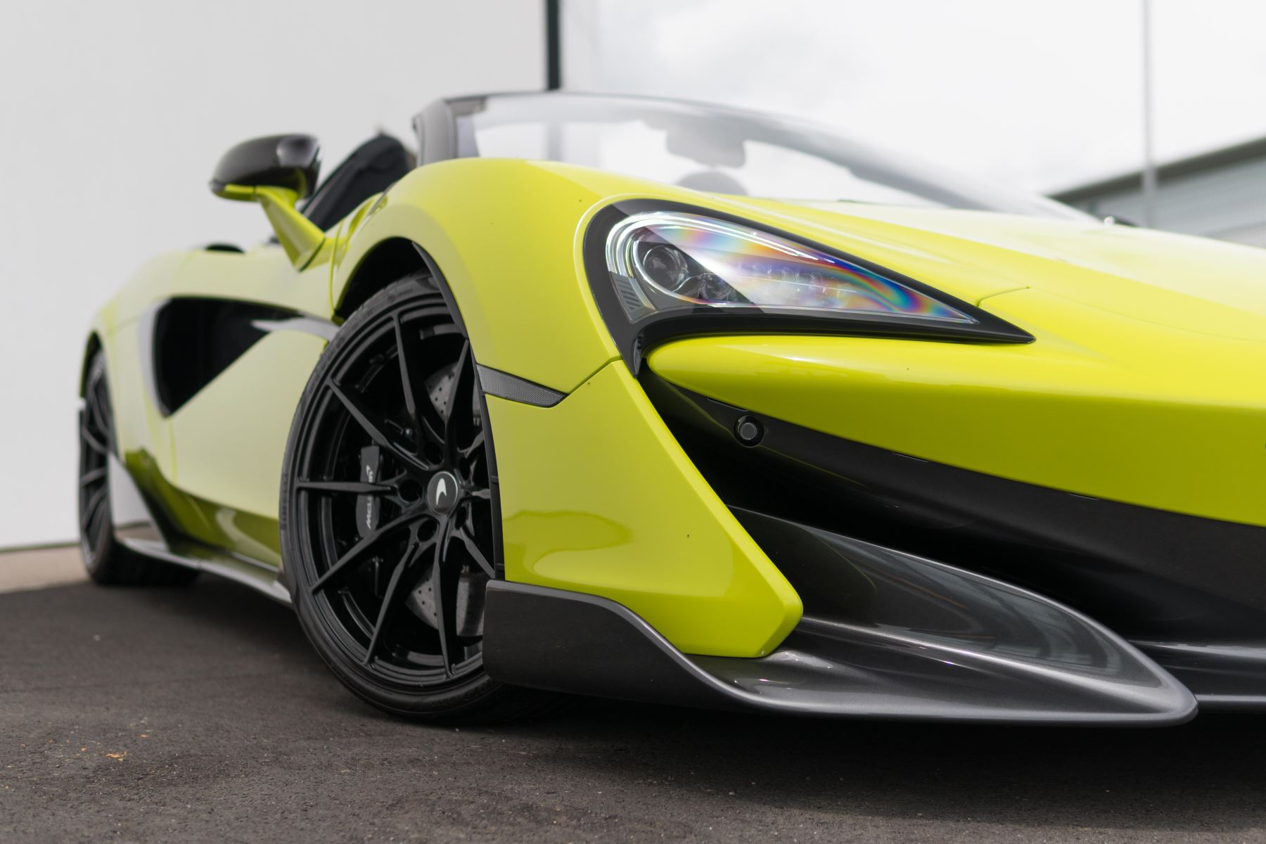 McLaren 600LT Spider Spider image 19
