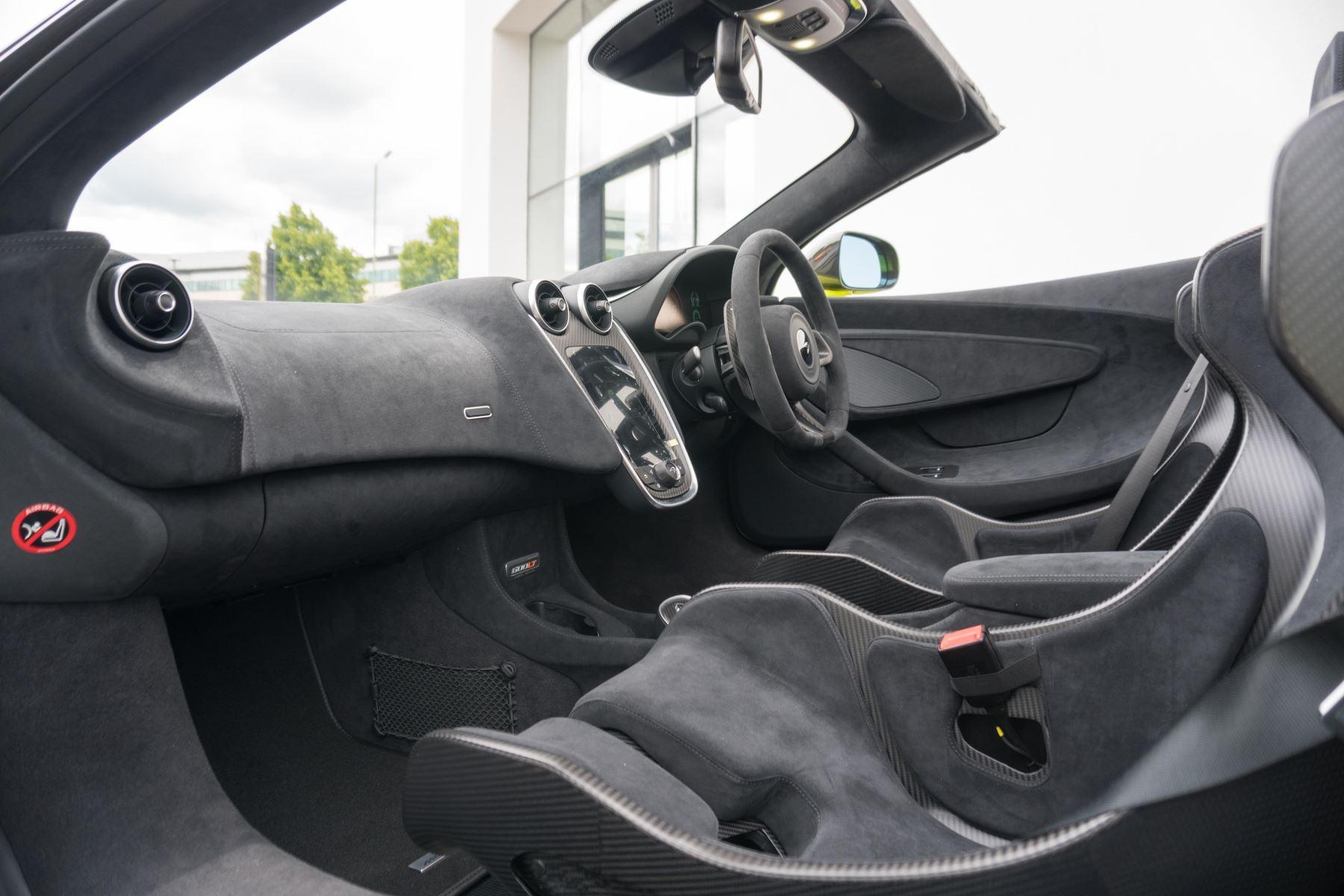 McLaren 600LT Spider Spider image 30