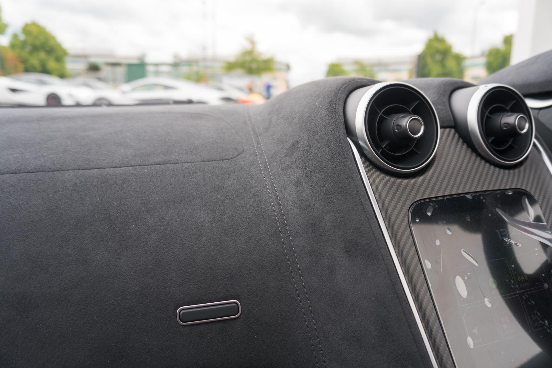 McLaren 600LT Spider Spider image 42