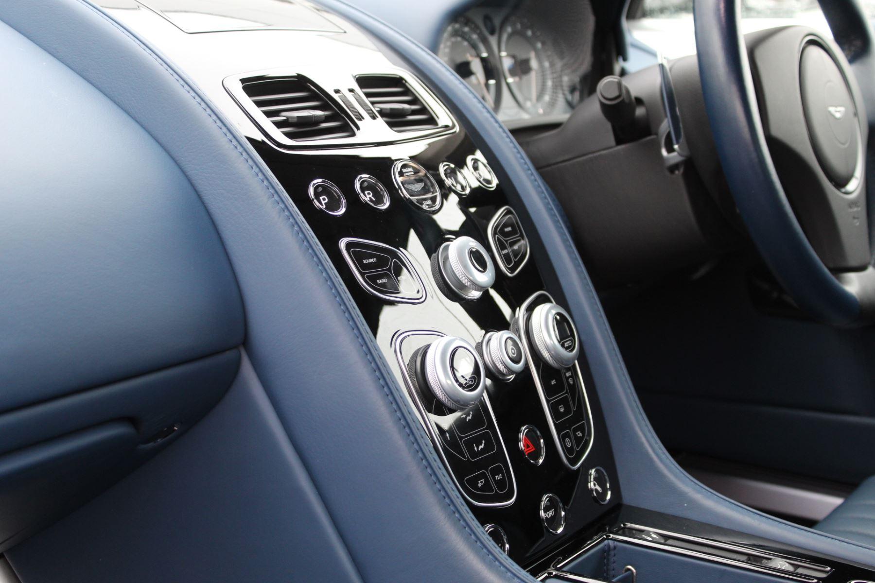 Aston Martin DB9 V12 GT 2dr Volante Touchtronic image 14