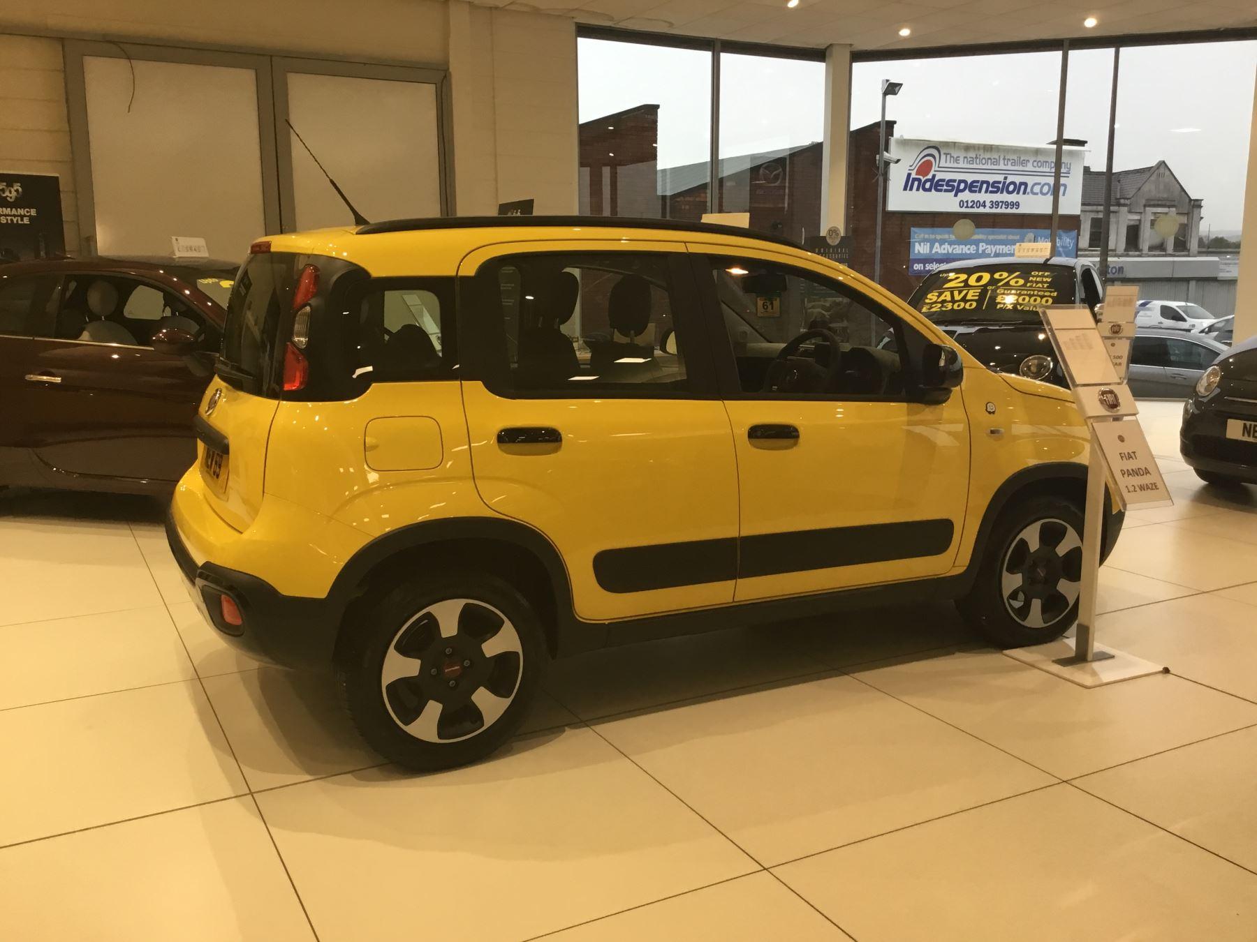 Fiat Panda 1.2 Waze SPECIAL EDITIONS image 9