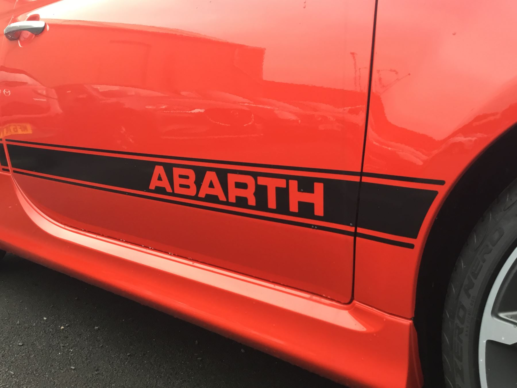 Abarth 595 1.4 T-Jet Turismo image 4