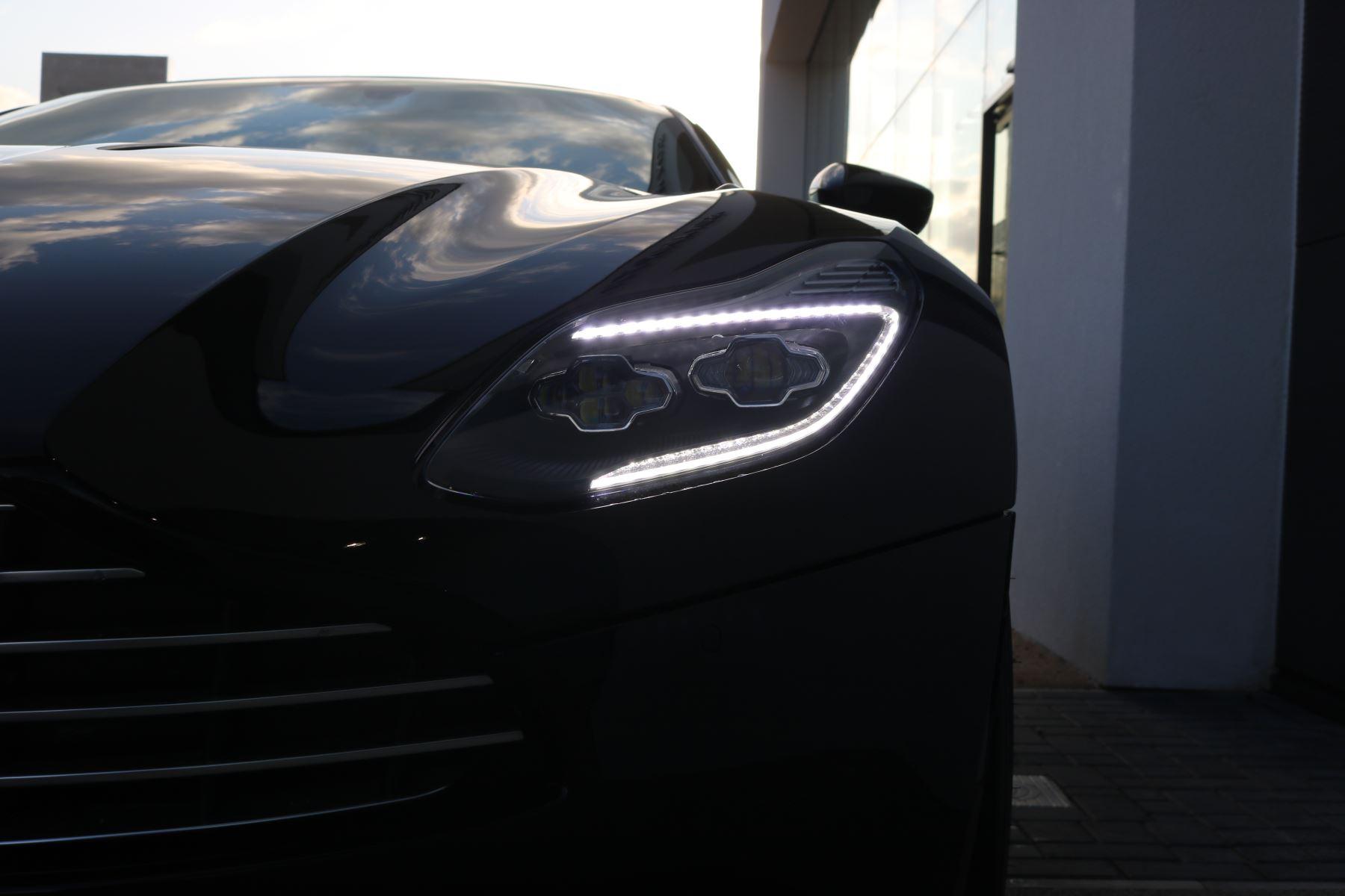 Aston Martin DB11 V12 2dr Touchtronic image 10