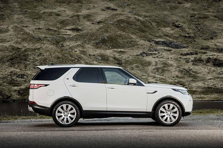 Land Rover Discovery 3.0 SDV6 Landmark Edition SPECIAL EDITIONS image 18