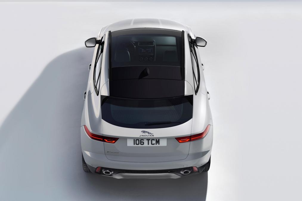 Jaguar E-PACE 2.0d R-Dynamic SE image 6
