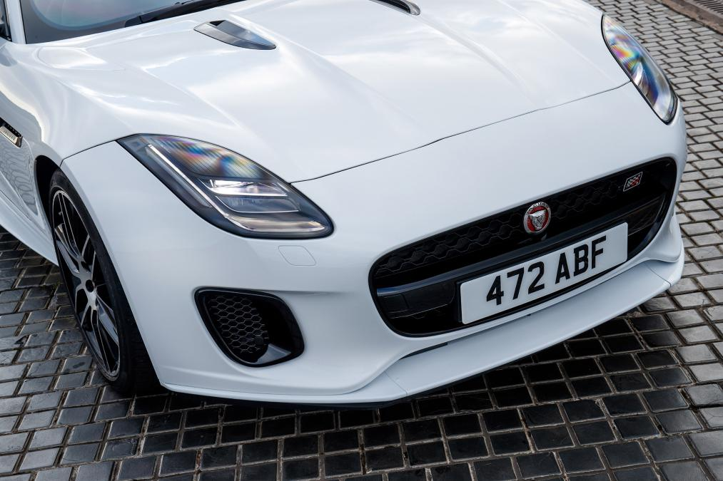 Jaguar F-TYPE 3.0 (380) Supercharged V6 R-Dynamic AWD image 16