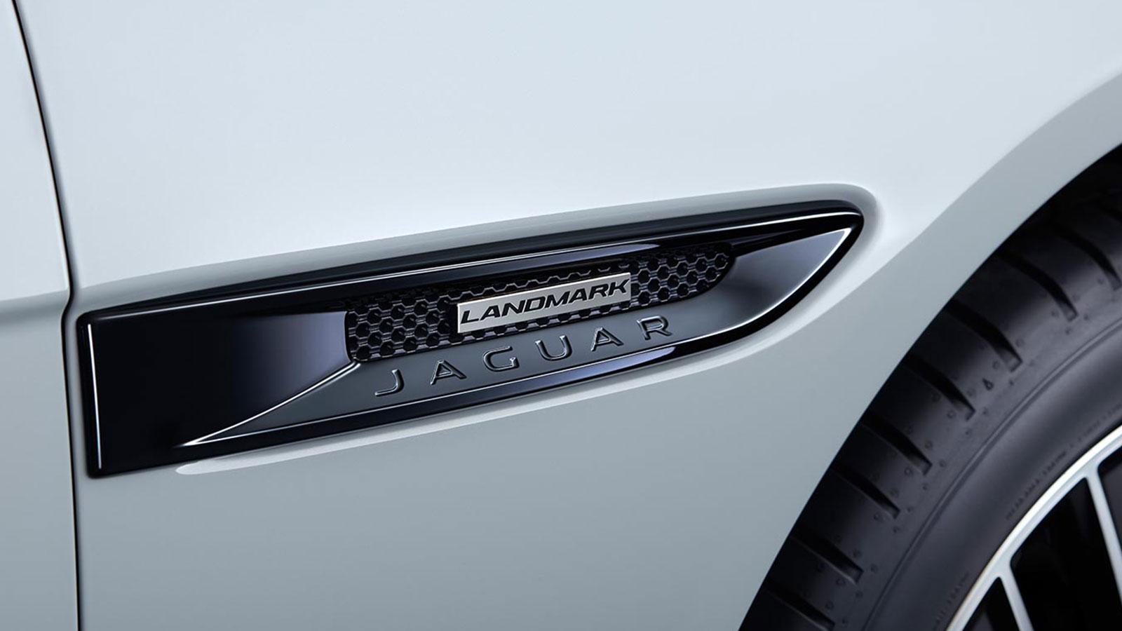 Jaguar XE 2.0 S image 11