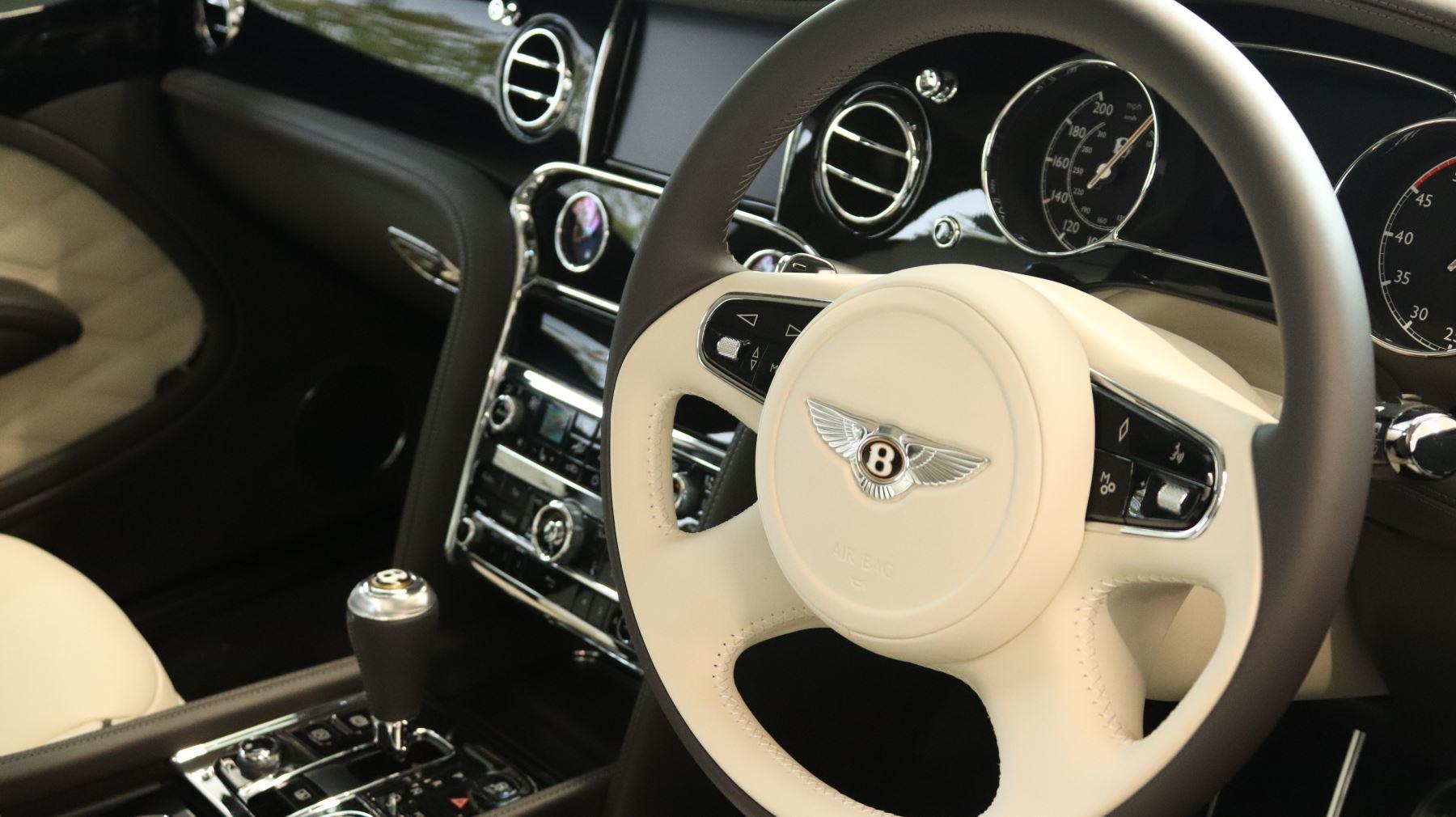Bentley Mulsanne Speed 6.8 V8 Speed Auto image 2