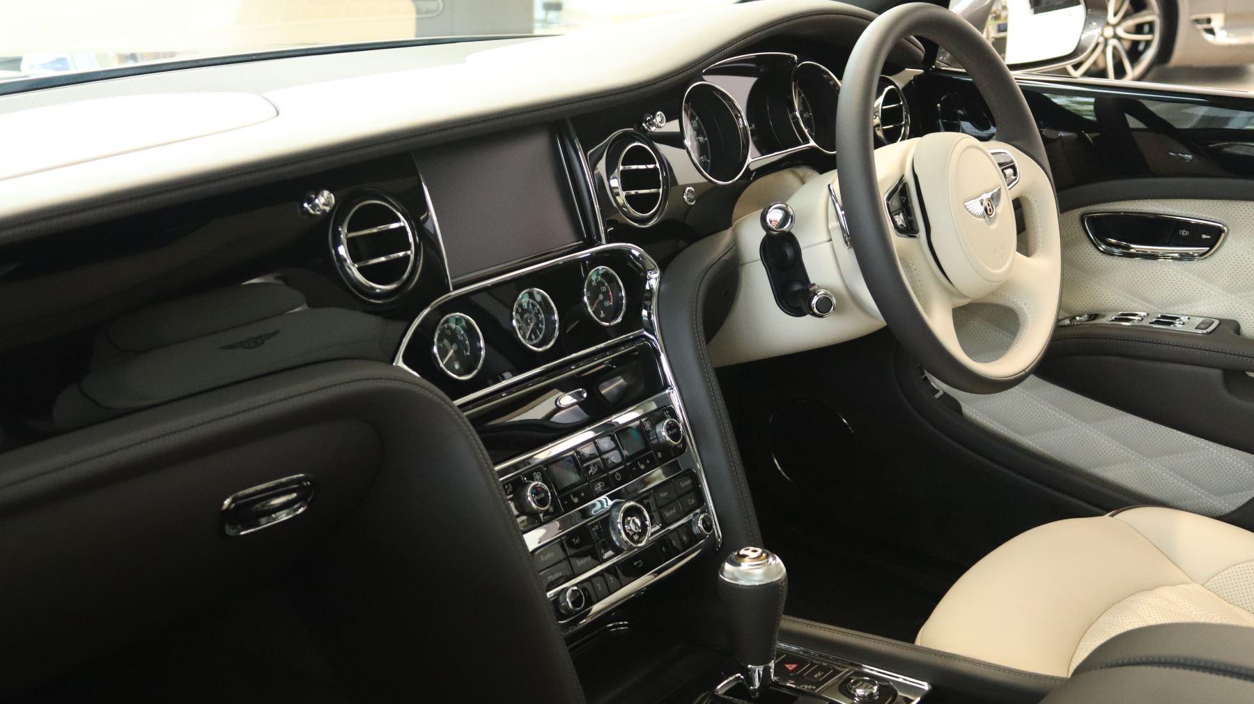 Bentley Mulsanne Speed 6.8 V8 Speed Auto image 3
