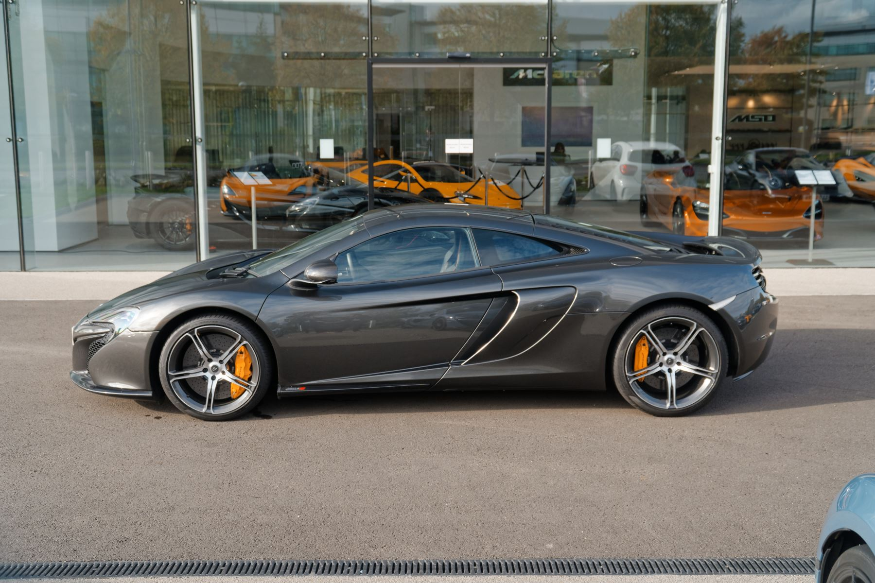 McLaren 650S Coupe Coupe  image 3