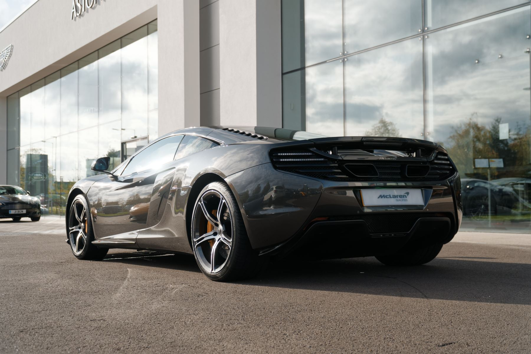 McLaren 650S Coupe Coupe  image 8