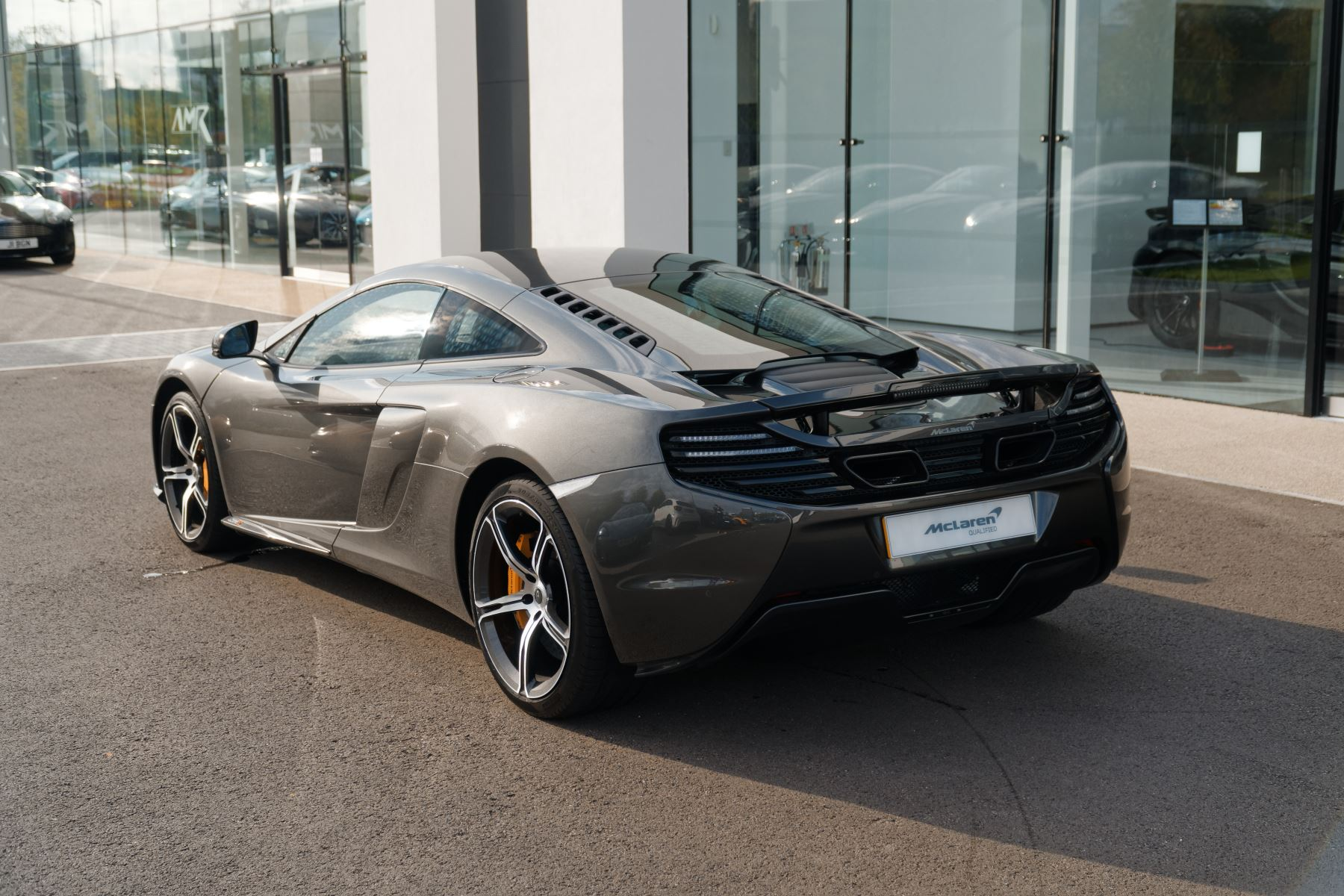 McLaren 650S Coupe Coupe  image 9
