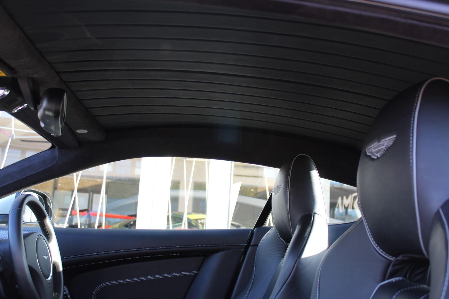 Aston Martin DB9 V12 2dr Touchtronic image 9