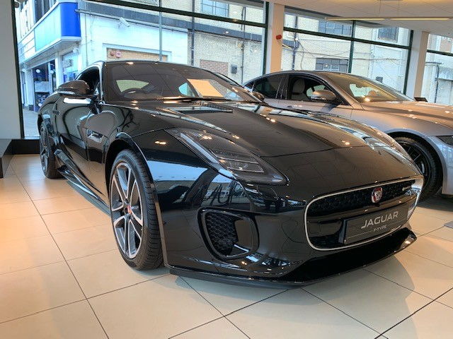 Jaguar F-TYPE Coupe 3.0 [380] Supercharged V6 R-Dynamic 2dr Auto - *** New & Unregistered Car*** image 2