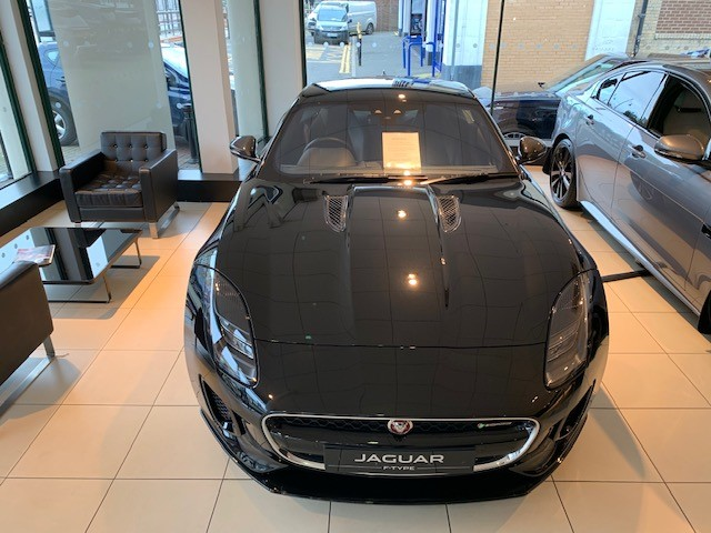 Jaguar F-TYPE Coupe 3.0 [380] Supercharged V6 R-Dynamic 2dr Auto - *** New & Unregistered Car*** image 3