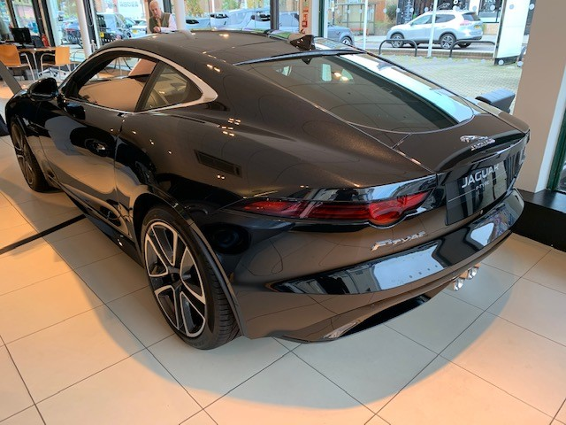 Jaguar F-TYPE Coupe 3.0 [380] Supercharged V6 R-Dynamic 2dr Auto - *** New & Unregistered Car*** image 6