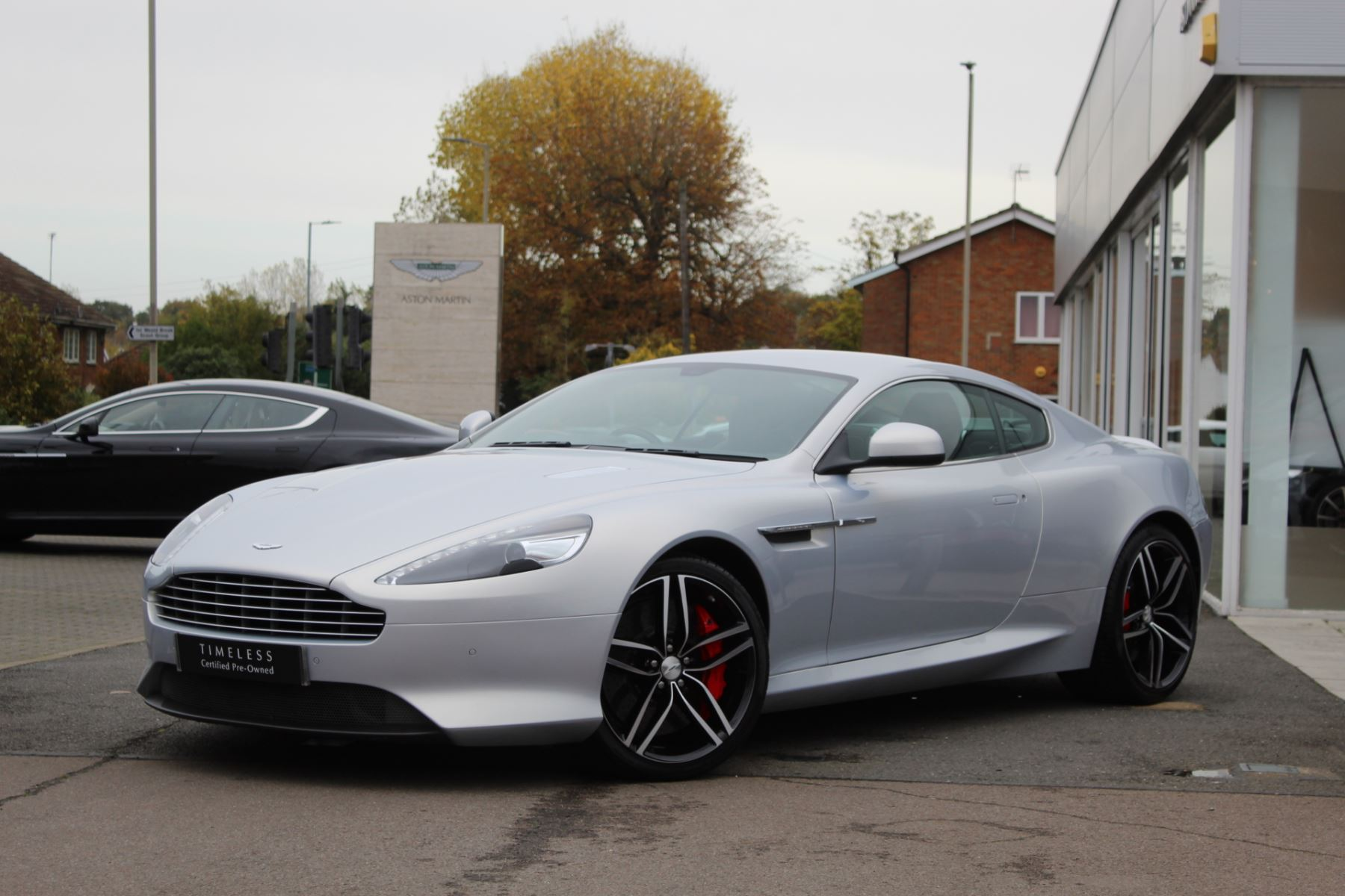 Aston Martin DB9 V12 2dr Touchtronic 5.9 Automatic Coupe (2014) image
