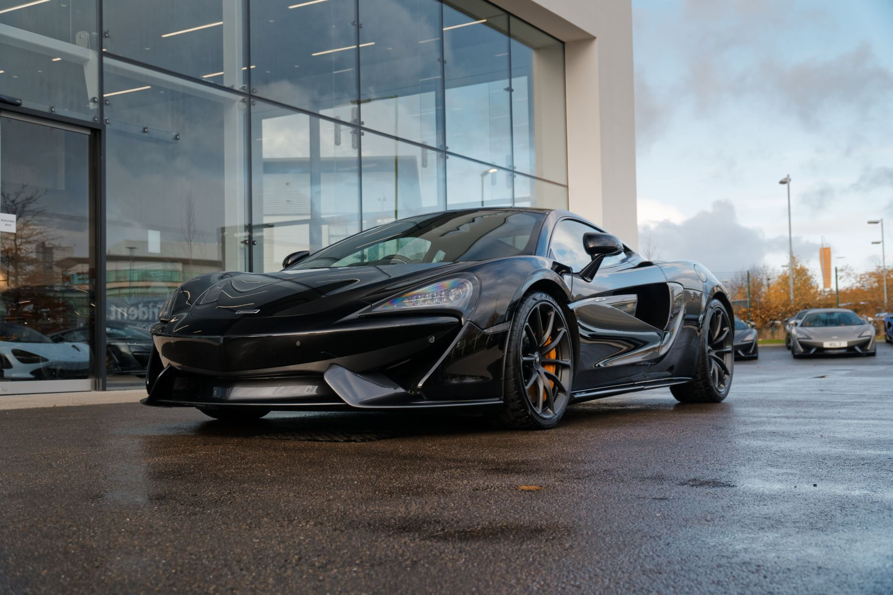 McLaren 570GT Coupe  3.8 Semi-Automatic 2 door (2019) image