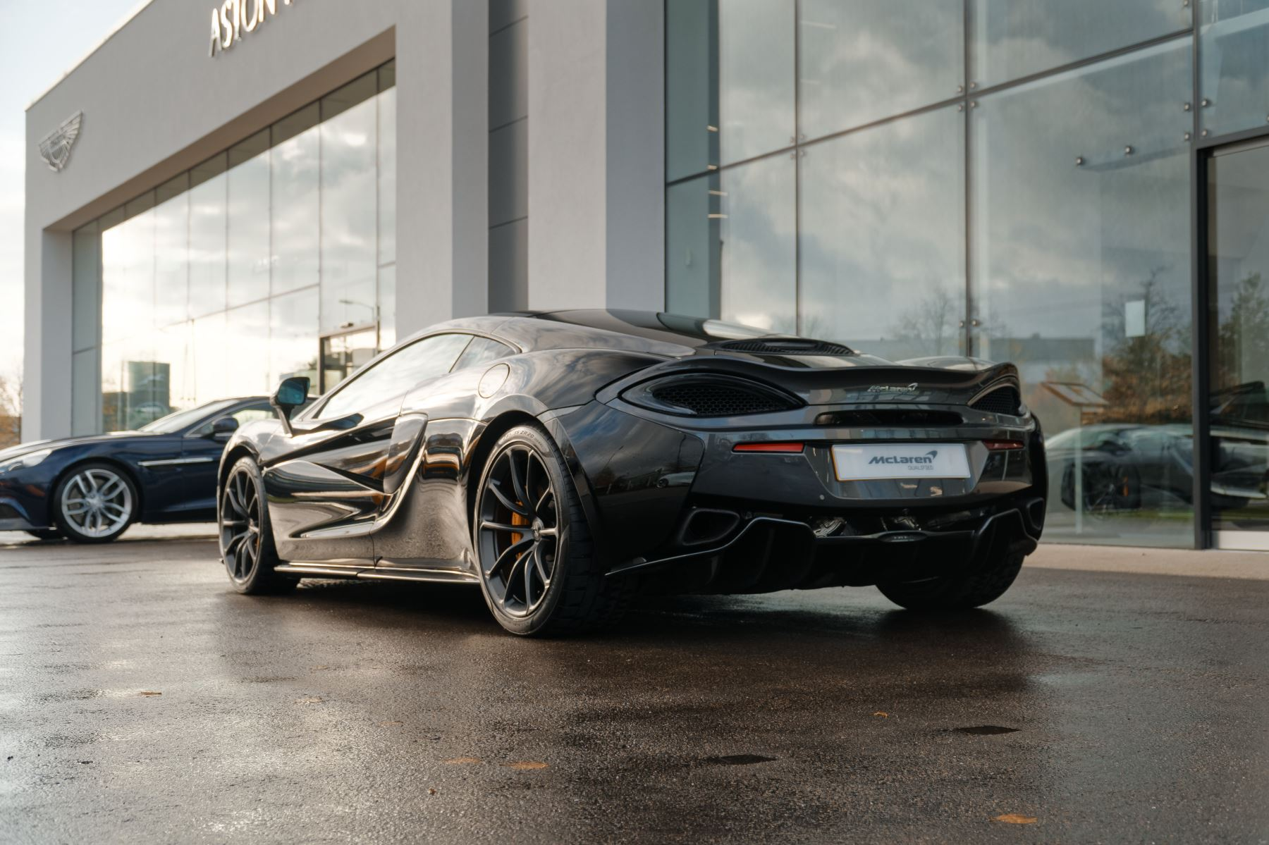McLaren 570GT Coupe  image 4